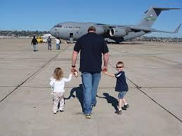 Kyle và hai con
