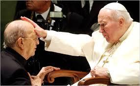 Cha Maciel  và GH John Paul II