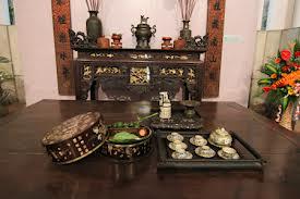 Sập gụ, tủ chè trong gia đình Việt Nam