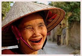 Tục nhuộm răng đen