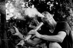 Hút thuốc lào