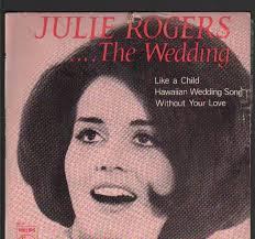 Ca sĩ Julie Rogers