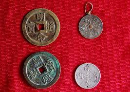 Đồng tiền Khải Định và Bảo Đại
